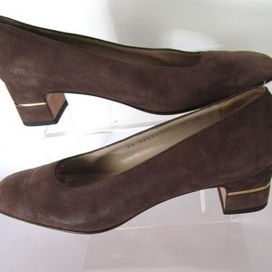 Salvatore Ferragamo Brown Suede Pumps Size 8AA